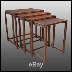 4 tables Gigogne Art Deco en hêtre teinté Thonet Pull-out table stained beech